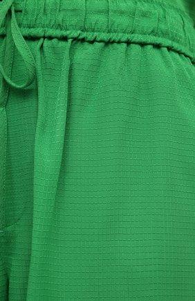 Женские шорты из вискозы GANNI зеленого цвета, арт. F6118 | Фото 5 (Женское Кросс-КТ: Шорты-одежда; Длина Ж (юбки, платья, шорты): Мини; Материал внешний: Вискоза; Стили: Романтичный)
