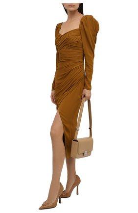 Женские кожаные туфли VERSACE светло-коричневого цвета, арт. DST6250/D2VE   Фото 2 (Каблук высота: Высокий; Подошва: Плоская; Материал внутренний: Натуральная кожа; Каблук тип: Шпилька)