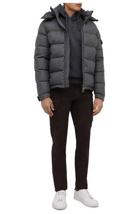 Мужские хлопковые брюки-карго STONE ISLAND коричневого цвета, арт. 7515318L1 | Фото 2 (Материал внешний: Хлопок; Силуэт М (брюки): Карго; Случай: Повседневный; Стили: Кэжуэл; Длина (брюки, джинсы): Стандартные)