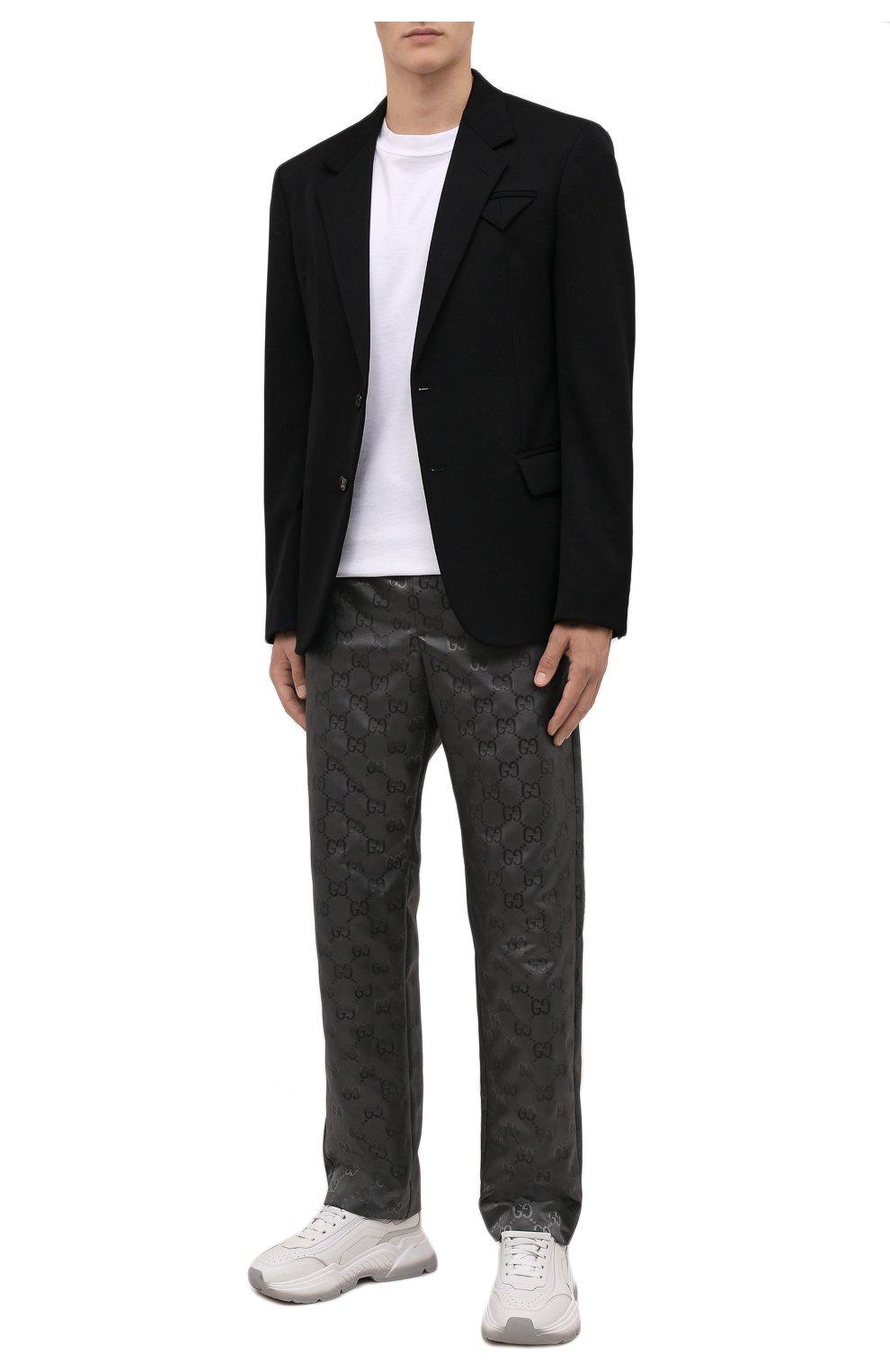 Мужские брюки GUCCI темно-серого цвета, арт. 656671/ZAEBN | Фото 2 (Стили: Ретро; Длина (брюки, джинсы): Стандартные; Случай: Повседневный; Материал внешний: Синтетический материал)