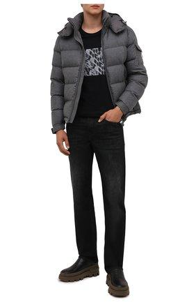 Мужская пуховая куртка montgenevre MONCLER серого цвета, арт. G2-091-1A537-00-54272 | Фото 2 (Материал подклада: Синтетический материал; Материал внешний: Шерсть; Материал утеплителя: Пух и перо; Кросс-КТ: Куртка; Мужское Кросс-КТ: пуховик-короткий; Длина (верхняя одежда): Короткие; Стили: Кэжуэл; Рукава: Длинные)
