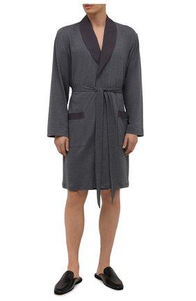 Мужской хлопковый халат HANRO темно-серого цвета, арт. 075135 | Фото 2 (Материал внешний: Хлопок; Кросс-КТ: домашняя одежда; Длина (верхняя одежда): Длинные; Рукава: Длинные)