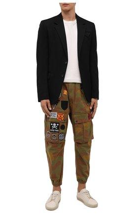 Мужские хлопковые джоггеры DSQUARED2 хаки цвета, арт. S74KB0560/S49605   Фото 2 (Материал внешний: Хлопок; Длина (брюки, джинсы): Укороченные; Силуэт М (брюки): Джоггеры, Карго; Стили: Милитари)