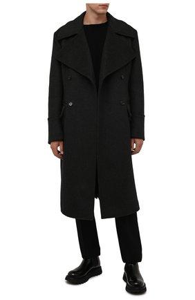 Мужской шерстяное пальто DOLCE & GABBANA темно-серого цвета, арт. G024ZT/FU2H5 | Фото 2 (Материал внешний: Шерсть; Рукава: Длинные; Длина (верхняя одежда): Длинные; Мужское Кросс-КТ: пальто-верхняя одежда; Стили: Кэжуэл)