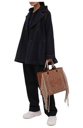 Женская джинсовая куртка LOEWE темно-синего цвета, арт. S359330XCQ   Фото 2 (Длина (верхняя одежда): До середины бедра; Рукава: Длинные; Материал внешний: Хлопок; Стили: Кэжуэл; Кросс-КТ: Деним, Куртка)