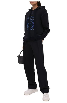 Женский хлопковое худи LOEWE темно-синего цвета, арт. S359341XAQ | Фото 2 (Материал внешний: Хлопок; Стили: Спорт-шик; Рукава: Длинные; Длина (для топов): Стандартные; Женское Кросс-КТ: Худи-одежда)