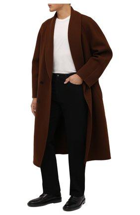 Мужские джинсы THE ROW черного цвета, арт. 286W1954   Фото 2 (Длина (брюки, джинсы): Стандартные; Материал внешний: Хлопок; Кросс-КТ: Деним; Силуэт М (брюки): Широкие; Стили: Минимализм)
