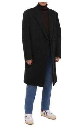 Мужские джинсы THE ROW синего цвета, арт. 286W1984   Фото 2 (Материал внешний: Хлопок; Длина (брюки, джинсы): Стандартные; Кросс-КТ: Деним; Детали: Потертости; Силуэт М (брюки): Широкие; Стили: Минимализм)