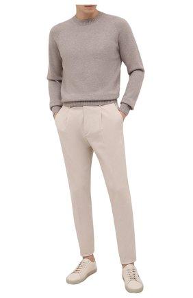 Мужской свитер из кашемира и хлопка TOM FORD бежевого цвета, арт. BYF71/TFK310 | Фото 2 (Материал внешний: Кашемир, Хлопок, Шерсть; Длина (для топов): Стандартные; Рукава: Длинные; Мужское Кросс-КТ: Свитер-одежда; Принт: Без принта; Стили: Кэжуэл)
