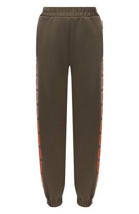 Женские джоггеры VERSACE хаки цвета, арт. 1001568/1A01174   Фото 1 (Длина (брюки, джинсы): Стандартные; Материал внешний: Синтетический материал, Хлопок; Женское Кросс-КТ: Джоггеры - брюки; Силуэт Ж (брюки и джинсы): Джоггеры; Стили: Спорт-шик)
