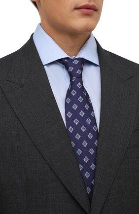 Мужской шелковый галстук BRIONI синего цвета, арт. 062H00/P0432 | Фото 2 (Материал: Шелк, Текстиль; Принт: С принтом)