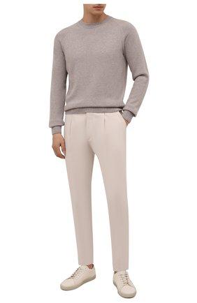 Мужские хлопковые брюки ERMENEGILDO ZEGNA кремвого цвета, арт. UVI14/TP24 | Фото 2 (Материал внешний: Хлопок; Случай: Повседневный; Длина (брюки, джинсы): Стандартные; Стили: Кэжуэл)