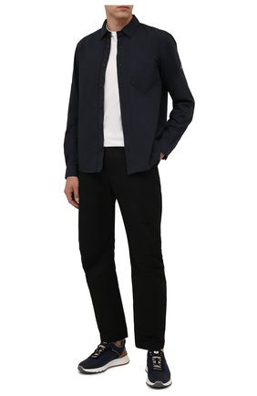 Мужская хлопковая рубашка STONE ISLAND темно-синего цвета, арт. 751512501 | Фото 2 (Материал внешний: Хлопок; Рукава: Длинные; Длина (для топов): Стандартные; Случай: Повседневный; Принт: Однотонные; Стили: Кэжуэл; Воротник: Кент; Манжеты: На пуговицах)