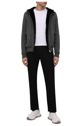 Мужской кашемировый бомбер с меховой подкладкой FIORONI темно-серого цвета, арт. MTP21003E1 | Фото 2 (Материал утеплителя: Натуральный мех; Материал внешний: Кашемир, Шерсть; Рукава: Длинные; Стили: Кэжуэл; Длина (верхняя одежда): Короткие; Кросс-КТ: Куртка; Принт: Без принта; Мужское Кросс-КТ: шерсть и кашемир, утепленные куртки)