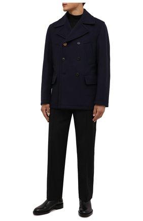 Мужской шерстяной бушлат VERSACE темно-синего цвета, арт. 1001321/1A00680 | Фото 2 (Материал внешний: Шерсть; Рукава: Длинные; Длина (верхняя одежда): Короткие; Материал подклада: Купро; Мужское Кросс-КТ: пальто-верхняя одежда; Стили: Кэжуэл)