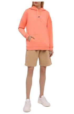 Женский хлопковое худи TOMMY HILFIGER оранжевого цвета, арт. S10S100980 | Фото 2 (Материал внешний: Хлопок; Стили: Спорт-шик; Рукава: Длинные; Длина (для топов): Стандартные; Женское Кросс-КТ: Худи-одежда, Худи-спорт)