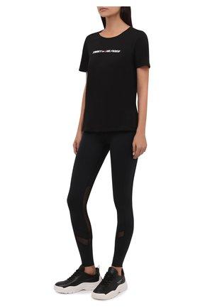Женская хлопковая футболка TOMMY HILFIGER черного цвета, арт. S10S101016 | Фото 2 (Материал внешний: Хлопок; Рукава: Короткие; Длина (для топов): Стандартные; Стили: Спорт-шик; Принт: С принтом; Женское Кросс-КТ: Футболка-одежда, Футболка-спорт)