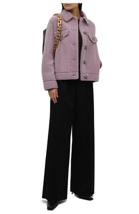 Женская куртка из овчины METEO YVES SALOMON сиреневого цвета, арт. 22WMV60367MECL   Фото 2 (Материал внешний: Натуральный мех; Стили: Кэжуэл; Женское Кросс-КТ: Мех; Кросс-КТ: Куртка; Рукава: Длинные; Длина (верхняя одежда): Короткие)