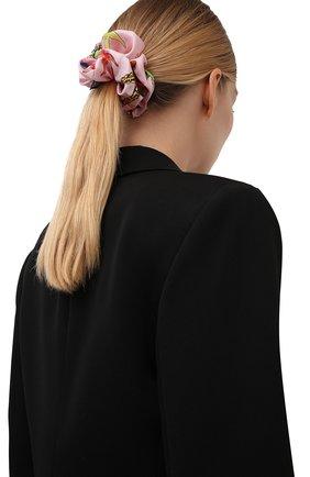 Женская резинка для волос VERSACE светло-розового цвета, арт. IELA002/1F01193 | Фото 2 (Материал: Шелк, Текстиль)