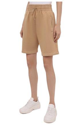 Женские хлопковые шорты AGOLDE бежевого цвета, арт. A9014B | Фото 3 (Длина Ж (юбки, платья, шорты): Мини; Кросс-КТ: Трикотаж; Материал внешний: Хлопок; Стили: Спорт-шик)