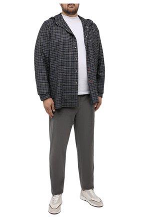 Мужские хлопковые брюки MARCO PESCAROLO серого цвета, арт. CHIAIAM/ZIP+SFILA/4402 | Фото 2 (Длина (брюки, джинсы): Стандартные; Материал внешний: Хлопок; Случай: Повседневный; Стили: Кэжуэл; Big sizes: Big Sizes)