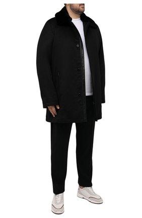 Мужской кашемировое пальто с меховой отделкой ZILLI черного цвета, арт. MAW-TIMBU-03001/0001/62-68 | Фото 2 (Материал внешний: Шерсть, Кашемир; Материал подклада: Шелк; Рукава: Длинные; Длина (верхняя одежда): До середины бедра; Мужское Кросс-КТ: пальто-верхняя одежда; Стили: Классический; Big sizes: Big Sizes)