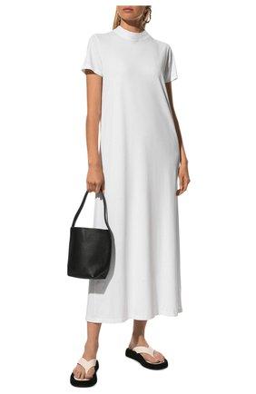 Женское хлопковое платье THE ROW белого цвета, арт. 5840K220 | Фото 2 (Рукава: Короткие; Материал внешний: Хлопок; Длина Ж (юбки, платья, шорты): Макси; Женское Кросс-КТ: Платье-одежда; Случай: Повседневный; Стили: Кэжуэл)
