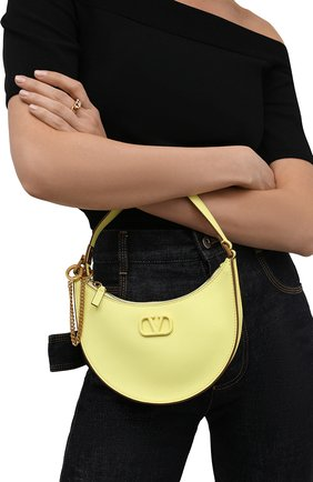 Женская сумка vsling mini VALENTINO желтого цвета, арт. WW2P0W19/RQR   Фото 2 (Материал: Натуральная кожа; Сумки-технические: Сумки через плечо; Размер: mini)