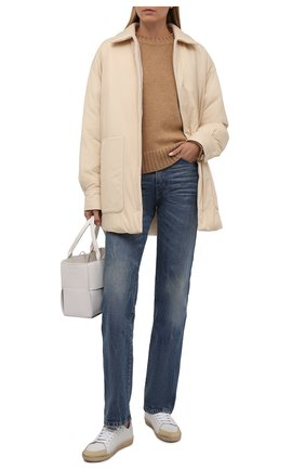 Женская двусторонняя куртка LORO PIANA бежевого цвета, арт. FAL7249 | Фото 2 (Материал утеплителя: Шерсть, Пух и перо; Материал внешний: Синтетический материал; Кросс-КТ: Куртка; Стили: Кэжуэл; Рукава: Длинные; Длина (верхняя одежда): До середины бедра)