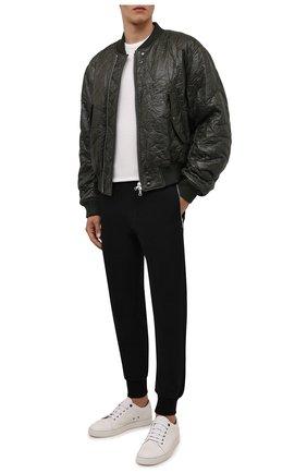 Мужские хлопковые джоггеры DRIES VAN NOTEN черного цвета, арт. 212-021114-3608 | Фото 2 (Материал внешний: Хлопок; Длина (брюки, джинсы): Стандартные; Силуэт М (брюки): Джоггеры; Мужское Кросс-КТ: Брюки-трикотаж; Стили: Спорт-шик)