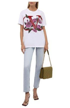 Женская хлопковая футболка VALENTINO белого цвета, арт. WB3MG14M6L4   Фото 2 (Рукава: Короткие; Материал внешний: Хлопок; Длина (для топов): Стандартные; Стили: Спорт-шик; Принт: С принтом; Женское Кросс-КТ: Футболка-одежда)