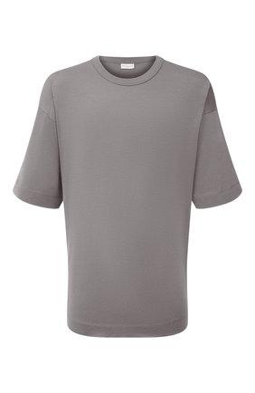 Мужская хлопковая футболка DRIES VAN NOTEN серого цвета, арт. 212-021165-3600   Фото 1 (Материал внешний: Хлопок; Длина (для топов): Удлиненные; Рукава: Короткие; Принт: Без принта; Стили: Кэжуэл)