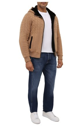 Мужской кашемировый бомбер с меховой подкладкой FIORONI светло-бежевого цвета, арт. MTP21003E1 | Фото 2 (Материал внешний: Шерсть, Кашемир; Материал утеплителя: Натуральный мех; Кросс-КТ: Куртка; Мужское Кросс-КТ: утепленные куртки, шерсть и кашемир; Стили: Кэжуэл; Принт: Без принта; Длина (верхняя одежда): Короткие; Рукава: Длинные)