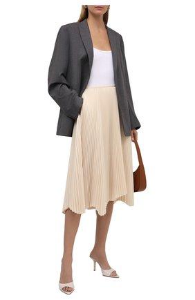 Женская плиссированная юбка JIL SANDER кремвого цвета, арт. JSCT351202-WT440200   Фото 2 (Длина Ж (юбки, платья, шорты): Миди, До колена; Материал внешний: Синтетический материал; Стили: Минимализм; Женское Кросс-КТ: Юбка-одежда, юбка-плиссе)