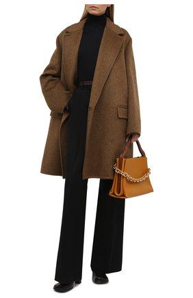 Женское пальто BOTTEGA VENETA хаки цвета, арт. 663384/V0XS0   Фото 2 (Материал внешний: Шерсть; Длина (верхняя одежда): До колена; Рукава: Длинные; Стили: Гламурный; 1-2-бортные: Двубортные)