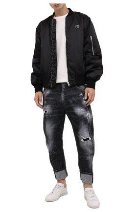 Мужские джинсы DSQUARED2 темно-серого цвета, арт. S71LB0972/S30357 | Фото 2 (Материал внешний: Хлопок; Длина (брюки, джинсы): Укороченные; Кросс-КТ: Деним; Силуэт М (брюки): Прямые; Детали: Потертости; Стили: Гранж)