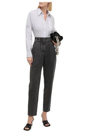 Женские джинсы BRUNELLO CUCINELLI темно-серого цвета, арт. MH188P5664 | Фото 2 (Материал внешний: Хлопок; Длина (брюки, джинсы): Стандартные; Стили: Кэжуэл; Кросс-КТ: Деним; Силуэт Ж (брюки и джинсы): Прямые)