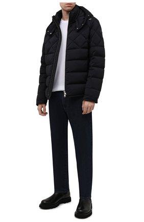 Мужская пуховая куртка cecaud MONCLER темно-синего цвета, арт. G2-091-1A001-76-C0142 | Фото 2 (Материал утеплителя: Пух и перо; Рукава: Длинные; Длина (верхняя одежда): Короткие; Материал подклада: Синтетический материал; Материал внешний: Синтетический материал; Кросс-КТ: Куртка; Мужское Кросс-КТ: пуховик-короткий; Стили: Кэжуэл)