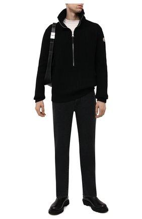 Мужской шерстяной свитер MONCLER черного цвета, арт. G2-091-9A000-03-M1241 | Фото 2 (Рукава: Длинные; Материал внешний: Шерсть; Длина (для топов): Стандартные; Принт: Без принта; Мужское Кросс-КТ: Свитер-одежда; Стили: Кэжуэл)