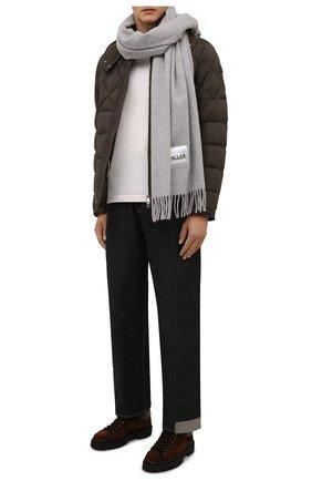 Мужской шерстяной шарф MONCLER светло-серого цвета, арт. G2-091-3C000-32-A0152 | Фото 2 (Материал: Шерсть; Кросс-КТ: шерсть)