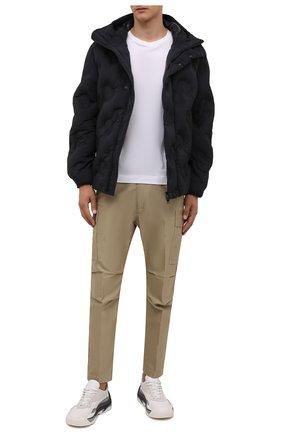 Мужская пуховая куртка DOLCE & GABBANA черного цвета, арт. G9VT0T/GEU35   Фото 2 (Рукава: Длинные; Материал подклада: Синтетический материал; Материал утеплителя: Пух и перо; Длина (верхняя одежда): Короткие; Материал внешний: Синтетический материал; Кросс-КТ: Куртка; Мужское Кросс-КТ: пуховик-короткий; Стили: Кэжуэл)