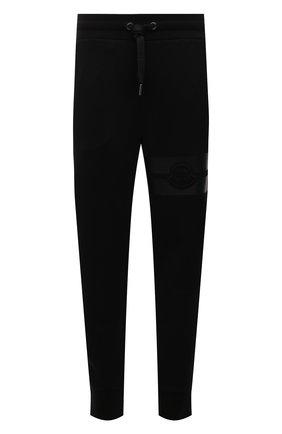 Мужские хлопковые джоггеры MONCLER черного цвета, арт. G2-091-8H000-02-809KR | Фото 1 (Длина (брюки, джинсы): Стандартные; Материал внешний: Хлопок; Силуэт М (брюки): Джоггеры; Мужское Кросс-КТ: Брюки-трикотаж; Стили: Спорт-шик; Кросс-КТ: Спорт)