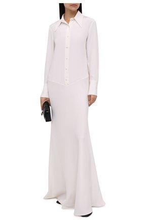 Женское шелковое платье KITON белого цвета, арт. D52328K09S67   Фото 2 (Рукава: Длинные; Длина Ж (юбки, платья, шорты): Макси; Материал внешний: Шелк; Женское Кросс-КТ: Платье-одежда; Случай: Вечерний; Стили: Романтичный)