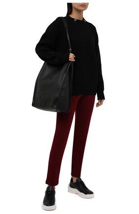 Женские кашемировые брюки LORO PIANA бордового цвета, арт. FAL7042 | Фото 2 (Материал внешний: Кашемир, Шерсть; Женское Кросс-КТ: Брюки-одежда; Силуэт Ж (брюки и джинсы): Прямые; Стили: Спорт-шик; Длина (брюки, джинсы): Стандартные)