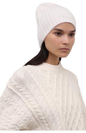 Женская кашемировая шапка ALLUDE белого цвета, арт. 215/60630 | Фото 2 (Материал: Шерсть, Кашемир)