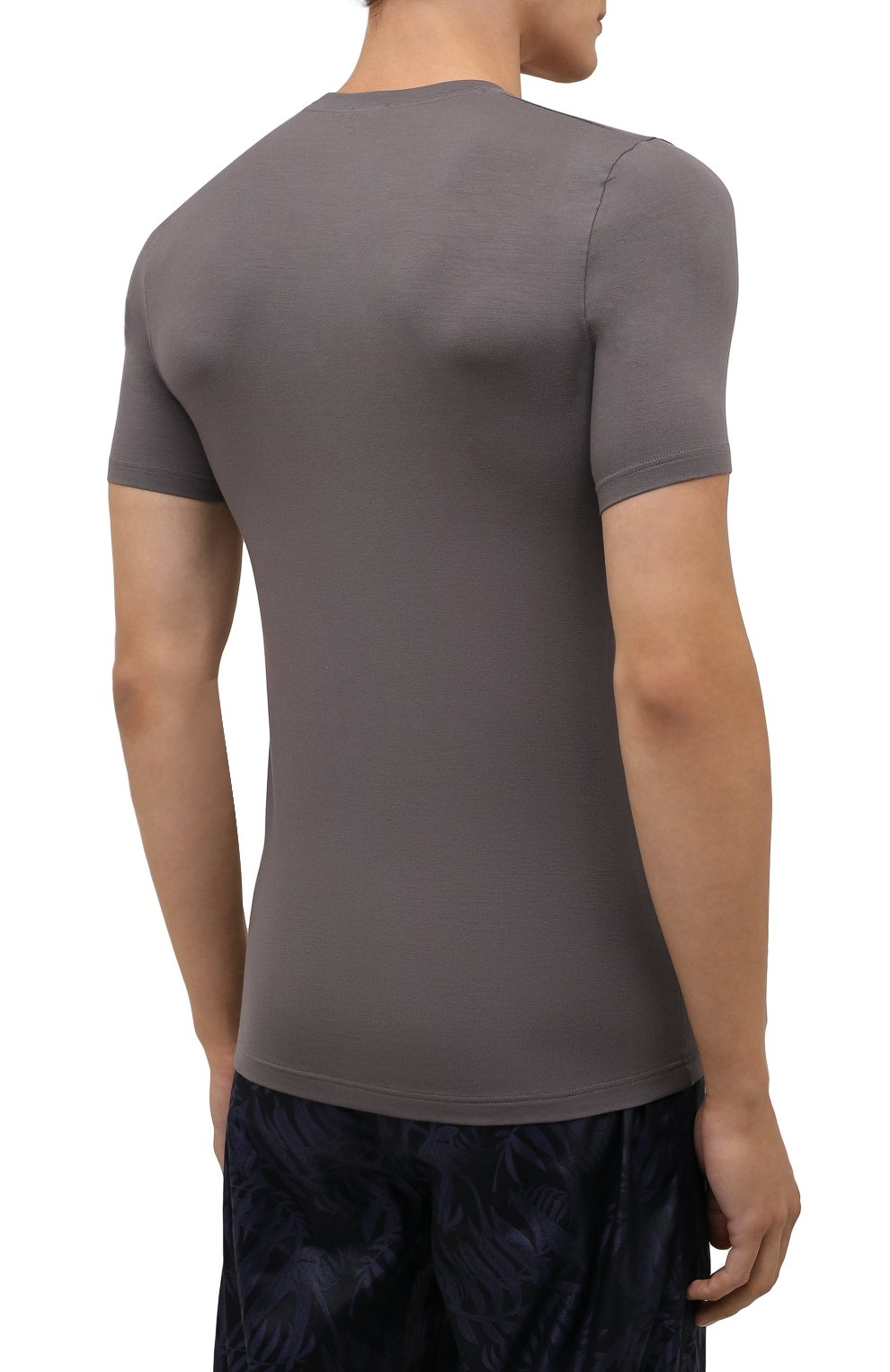 Мужская футболка ZIMMERLI светло-серого цвета, арт. 700-1341   Фото 4 (Кросс-КТ: домашняя одежда; Рукава: Короткие; Материал внешний: Синтетический материал; Длина (для топов): Стандартные)