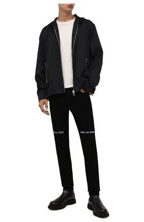 Мужская куртка GIVENCHY черного цвета, арт. BM00RP13P9 | Фото 2 (Длина (верхняя одежда): Короткие; Рукава: Длинные; Материал внешний: Синтетический материал; Материал подклада: Синтетический материал; Кросс-КТ: Куртка, Ветровка; Стили: Кэжуэл)