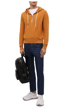 Мужской хлопковое худи TOM FORD оранжевого цвета, арт. BY265/TFJ240 | Фото 2 (Рукава: Длинные; Материал внешний: Хлопок; Длина (для топов): Стандартные; Мужское Кросс-КТ: Худи-одежда; Принт: Без принта; Стили: Спорт-шик)