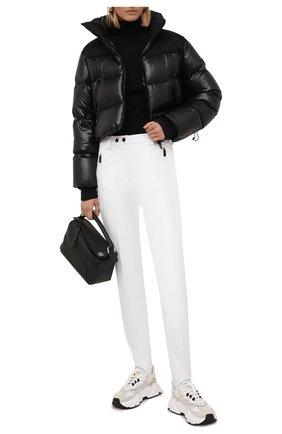 Женские брюки со штрипками KITON белого цвета, арт. D52120X0473A   Фото 2 (Материал внешний: Синтетический материал; Материал подклада: Синтетический материал; Длина (брюки, джинсы): Стандартные; Стили: Гламурный; Женское Кросс-КТ: Брюки-одежда; Силуэт Ж (брюки и джинсы): Узкие)