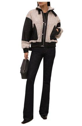 Женская куртка IRO черно-белого цвета, арт. WP06H0TAR0   Фото 2 (Длина (верхняя одежда): Короткие; Материал подклада: Вискоза; Материал внешний: Натуральный мех; Рукава: Длинные; Стили: Кэжуэл; Кросс-КТ: Куртка)